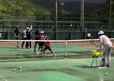 クラブハウス イワキリによる テニス講習会