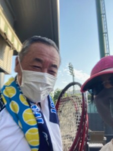 テニスコートで【佐藤直子のテニスがすべて】