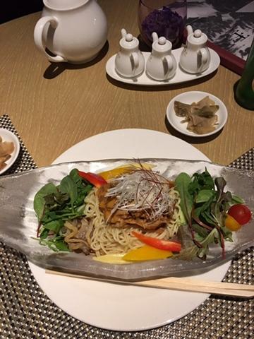 ヒルトンの冷やし中華が美味い【ちょい不良オヤジ・西尾茂之の辛口blog】