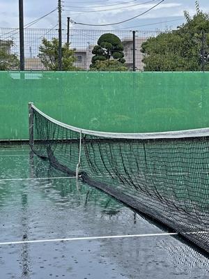 突然の雨【ちょい不良オヤジ・西尾茂之の辛口blog】