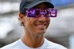 Rafael-Nadal-poses-for-a-photo-to-celebrate-the-coming-new-year-in-Brisbane-3